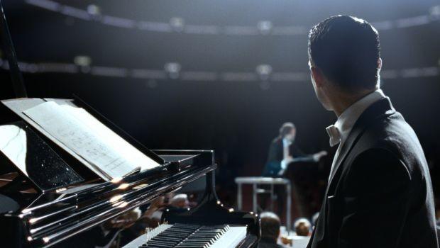 Elijah Wood Nel Thriller Grand Piano 290702
