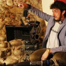 Fuga di cervelli: il regista Paolo Ruffini sul set del film