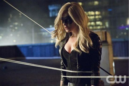 Arrow Caity Lotz In Una Scena Dell Episodio Della Stagione 2 Crucible 290781