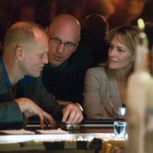 Woody Harrelson, Robin Wright e il regista Oren Moverman sul set di Rampart