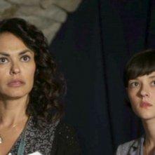 La moglie del sarto: Maria Grazia Cucinotta con Marta Gastini in una scena del film