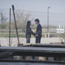 Se chiudo gli occhi non sono più qui: Hazel Morillo e Mark Manaloto in una scena