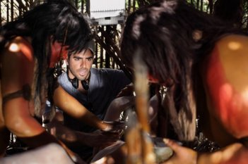 The Green Inferno: il regista Eli Roth sul set del film