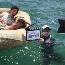 Unbroken: il set acquatico del film durante un ciak