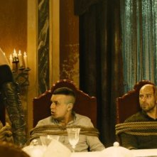Hugo Silva, Jaime Ordoñez. Carolina Bang e Mario Casas in una scena de Las brujas de Zugarramurdi