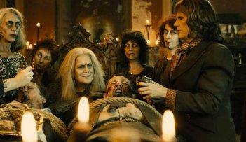 Las brujas de Zugarramurdi: una scena di gruppo tratta dal film