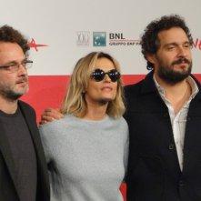 Il venditore di medicine: Claudio Santamaria ed Isabella Ferrari con il regista Antonio Morabito a Roma 2013