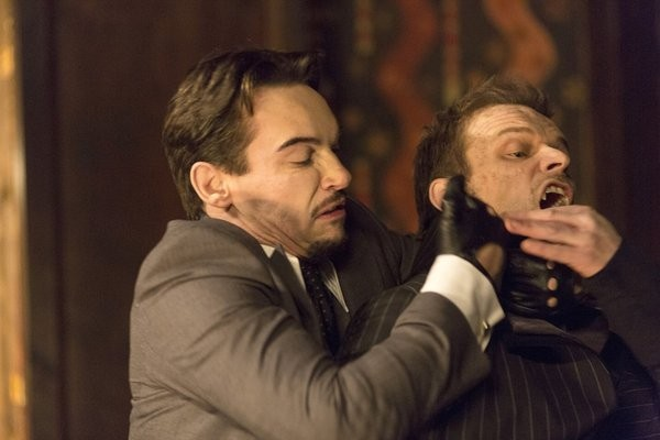 Dracula Jonathan Rhys Meyers E Alec Newman In Una Scena Dell Episodio From Darkness To Light 291841