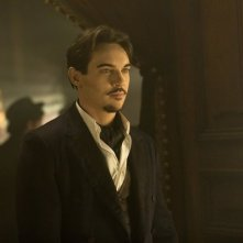 Dracula: Jonathan Rhys Meyers in una scena dell'episodio Goblin Merchant Men