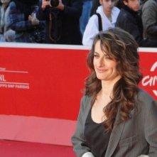 Se chiudo gli occhi non sono più qui: Anita Kravos sfila sul tappeto rosso di Roma 2013