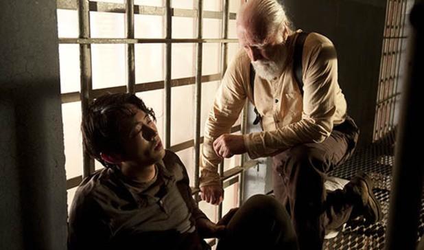 The Walking Dead Scott Wilson E Steven Yeun Nell Episodio L Inferno 291815