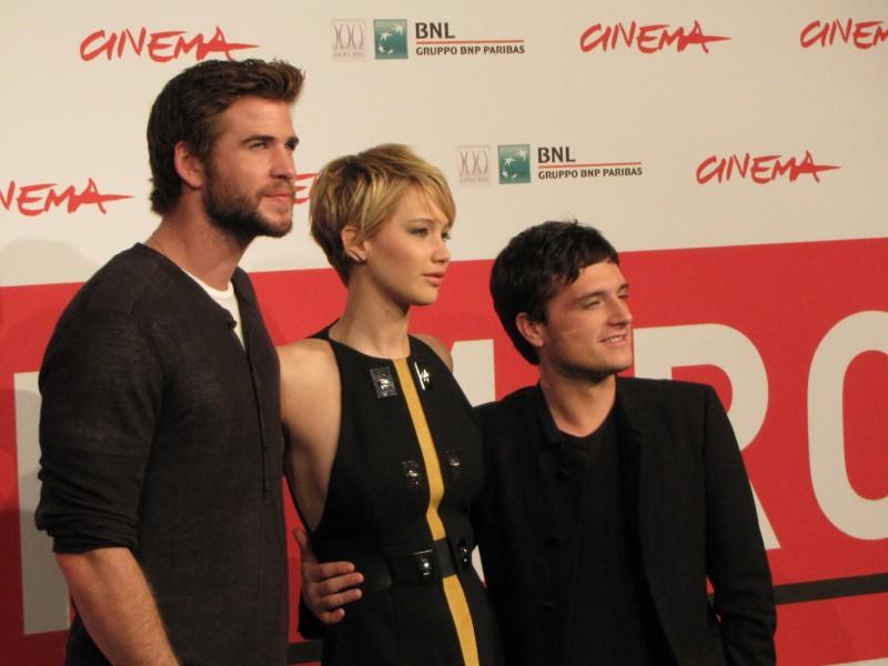 Hunger Games La Ragazza Di Fuoco Liam Hemsworth Con Josh Hutcherson Jennifer Lawrence Al Festival Di 292084