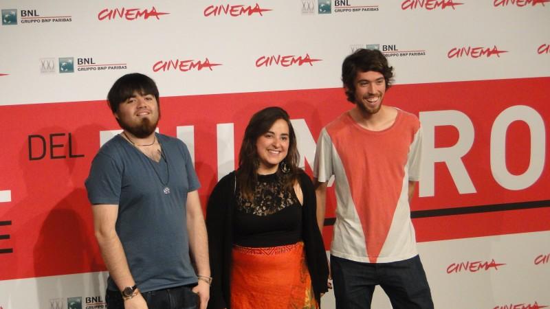 Roma 2013 I Giovani Registi Diego Ayala Ed Anibal Jofre Con La Produttrice Di Cut Down Kite 292065