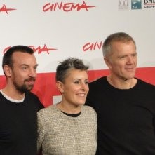 Roma 2013: Alberto Fasulo e Branko Zavrsan posano con la produttrice al photocall del film Tir