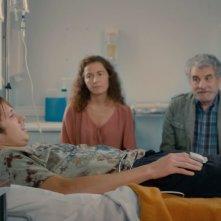 2 automnes 3 hivers: Bastien Bouillon in un letto d'ospedale in una scena