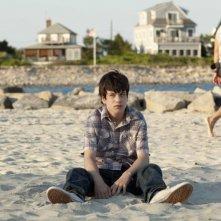 C'era una volta un'estate: il protagonista Liam James in una scena del film nei panni del giovane Duncan