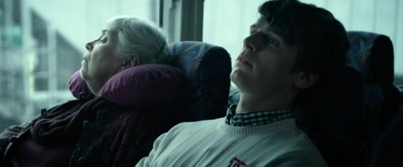 C O G Jonathan Groff Nei Panni Di David In Una Scena Del Film Con Marvella Mcpartland 292507