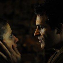 Italy Amore Mio: Eleonora Giovanardi in una scena con Salvatore Lazzaro