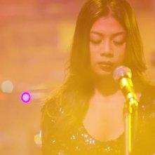 Karaoke Girl: Sa Sittijun in una scena del film
