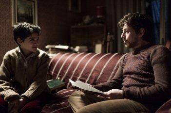 La mafia uccide solo d'estate: Claudio Gioè in una scena con Alex Bisconti