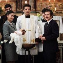 La mafia uccide solo d'estate: Ninni Bruschetta con Barbara Tabita e Rosario Lisma in una scena