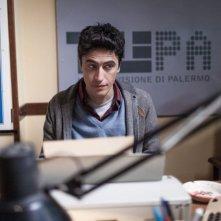 La mafia uccide solo d'estate: Pif, regista e interprete del film, in una scena