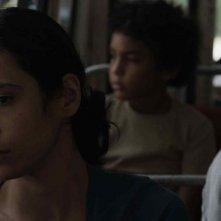 Pelo Malo: Samantha Castillo in una scena del film con il piccolo Samuel Lange