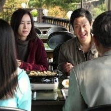 Red Family: Kim Yumi e Jung Woo in una scena