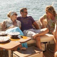 Steve Carell con Toni Collette e Allison Janney in una scena di C'era una volta un'estate