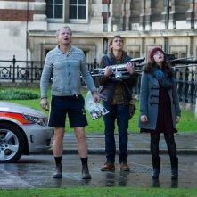 Thor: The Dark World, Jonathan Howard con Kat Dennings e Stellan Skarsgård in una scena