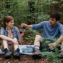 Drinking Buddies: Anna Kendrick e Ron Livingston in una scena del film