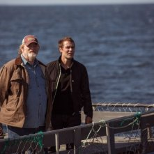 The Grand Seduction: Brendan Gleeson e Taylor Kitsch in una suggestiva scena