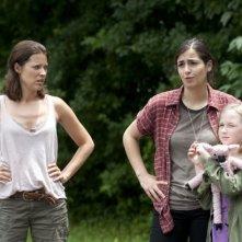 The Walking Dead: Audrey Marie Anderson, Alanna Masterson e Meyrick Murphy nell'episodio L'esca