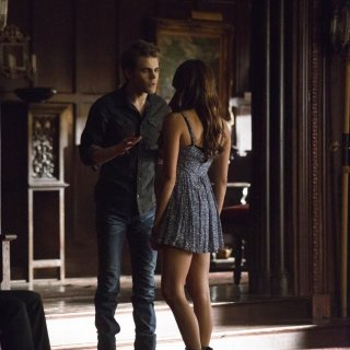 The Vampire Diaries: Paul Wesley e Nina Dobrev nell'episodio Death and the Maiden