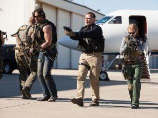 Sabotage: Arnold Schwarzenegger in azione con Mireille Enos e Joe Manganiello