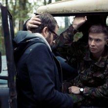 Southcliffe: Sean Durkin, regista della serie, sul set con Joe Dempsie