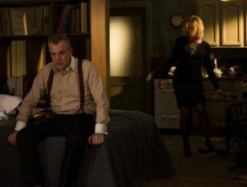 Danny Huston e Jessica Lange in Coven, terza stagione di American Horror Story, episodio 'The Dead'