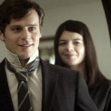 C.O.G.: Jonathan Groff e Casey Wilson in una scena