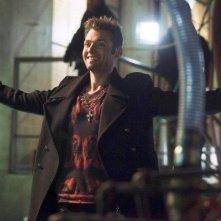 Arrow: Seth Gabel in una scena dell'episodio della stagione 2, State v. Queen