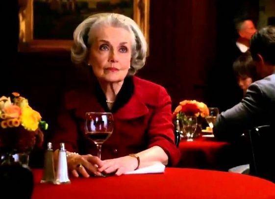 The Good Wife Mary Beth Peil In Una Scena Dell Episodio Whack A Mole 293511