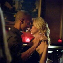 The Vampire Diaries: Candice Accola e Kendrick Sampson nell'episodio Dead Man on Campus