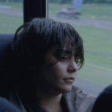 GImme Shelter: un'irriconoscibile Vanessa Hudgens su un autobus