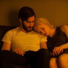 Enemy: Jake Gyllenhaal e Sarah Gadon in una scena del film