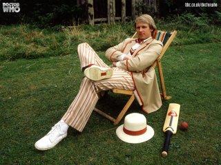Doctor Who: il quinto Dottore Peter Davison in un wallpaper