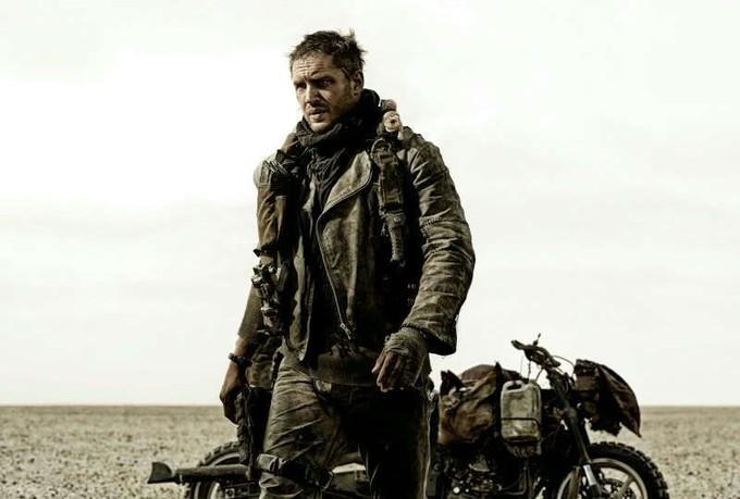 Mad Max Fury Road Tom Hardy Nella Prima Immagine Ufficiale 294072