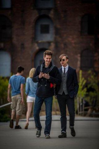 The Amazing Spider-Man 2: Andrew Garfield e Dane DeHaan scherzano insieme