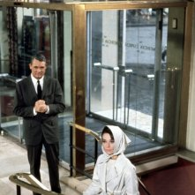 Cary Gran e Audrey Hepburn in Sciarada del 1963