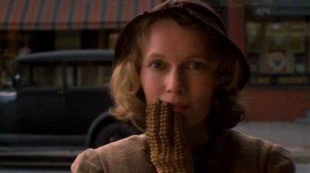 Mia Farrow in una scena de La rosa purpurea del Cairo