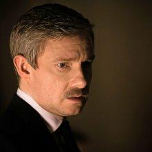 Sherlock: Martin Freeman in un'immagine della terza stagione della serie