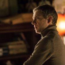 Sherlock: Martin Freeman in un'immagine della stagione 3